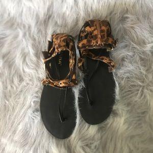 Women Animal Print Open Toe Zip Back Sandal